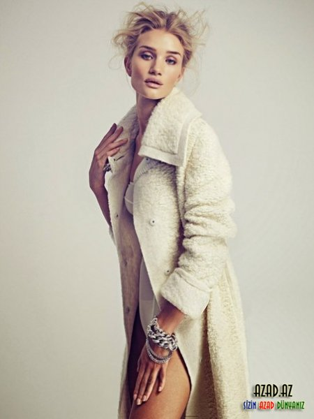 Rosie Huntington Whiteley for VOGUE Mexico